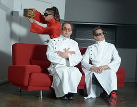 Information Society, 2014: (from left to right) Kurt Harland, Jim Cassidy, Paul Robb