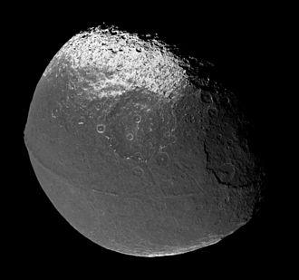 Cassini Regio - Image: Iapetus 706 1419 1