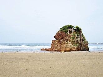 Kuni-yuzuri - Image: Inasa Beach