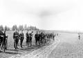 Infanteristen besammeln sich am Ende der Uebung - CH-BAR - 3241233.tif