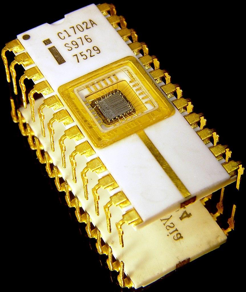 863px-Intel_C1702A.jpg