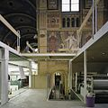 Interieur, noordertransept met inbouw, tijdens werkzaamheden, met zicht op muurschildering, gezien vanaf de inbouw - Tilburg - 20386228 - RCE.jpg