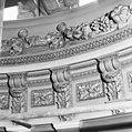 Interieur- detail van de lichtkoepel boven de hal - Haarlem - 20096607 - RCE.jpg