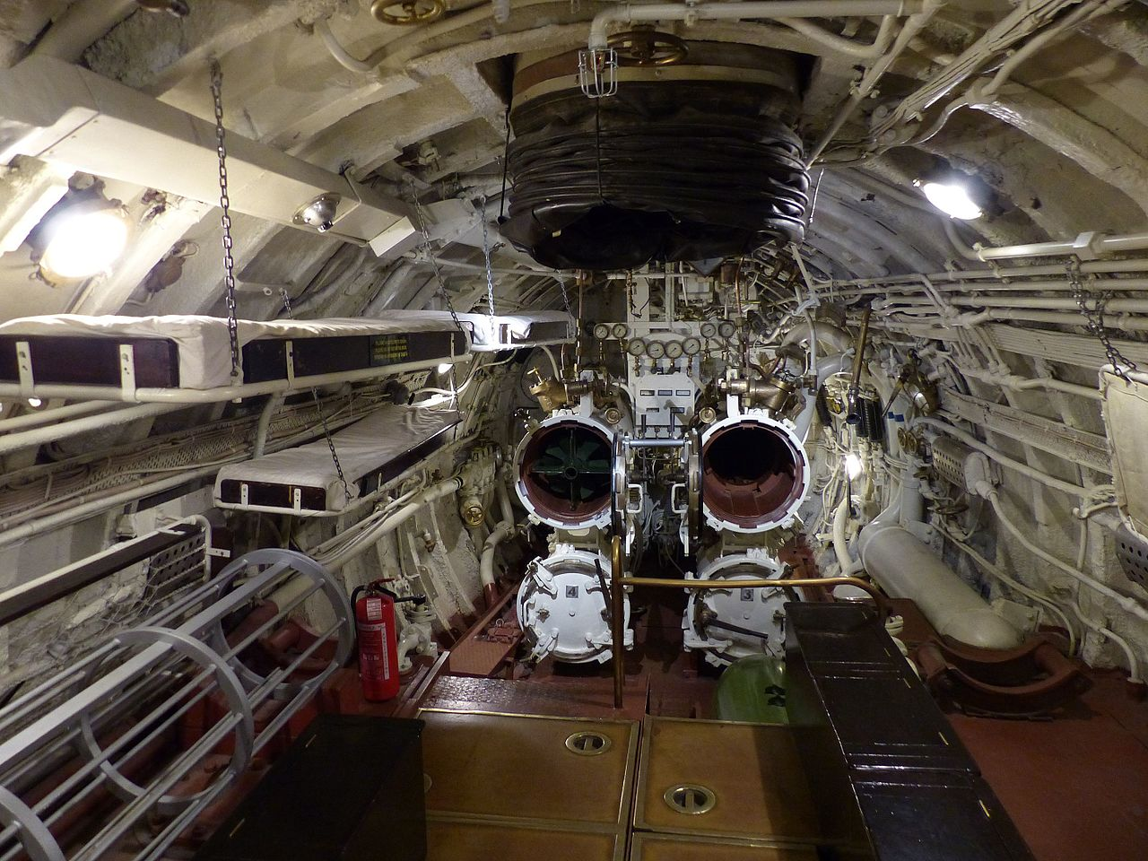 File Interior Del Lembit Submarine 1937 01 Jpg