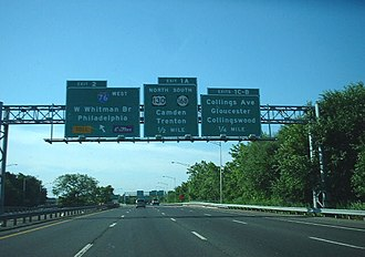 Interstate 676 - Image: Interstate 676 New Jersey approaching southern terminus