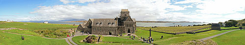 Iona Abbey. Panorama.jpg