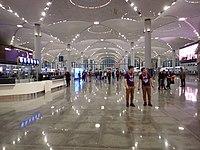 Istanbul Airport inside hall.jpg