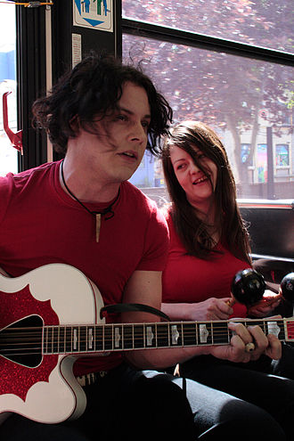 The White Stripes - The White Stripes giving an impromptu show for fans on a bus in Winnipeg, MB in 2007