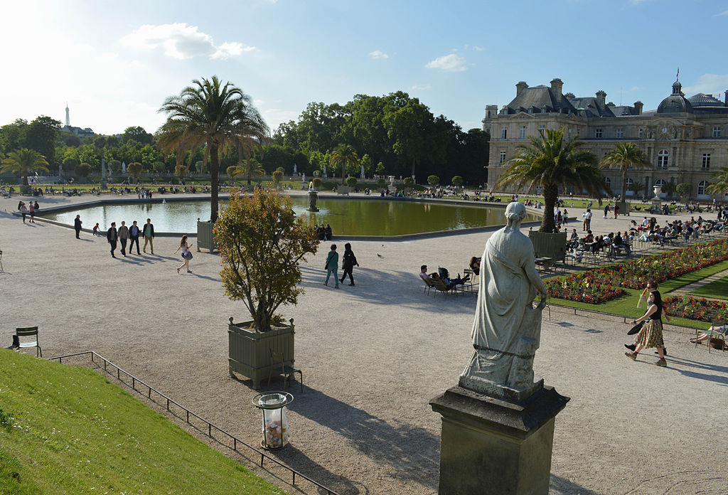 File jardin de luxembourg paris 3 june for Jardin des zibans 2015