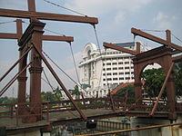 Jembatan Kota Intan drawbridge.jpg