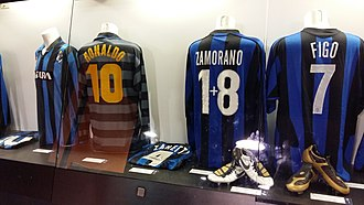 Iván Zamorano - Zamorano's Inter Milan jersey (one plus eight) next to Ronaldo (number 10) and Figo (seven) in the San Siro museum