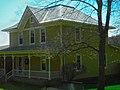 John and Isabel Shale Farmhouse - panoramio.jpg