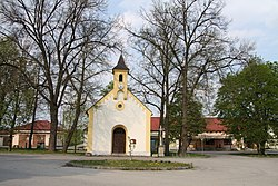 Kaple Nejsvětější Trojice v Mydlovarech (2).JPG