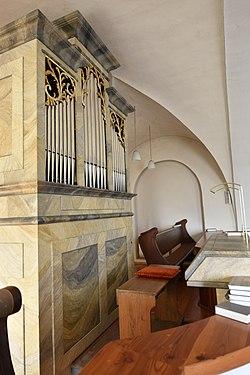 Katholische Pfarrkirche Kukmirn Interior 07.jpg