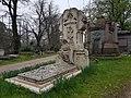 Kensal Green Cemetery (40590005783).jpg