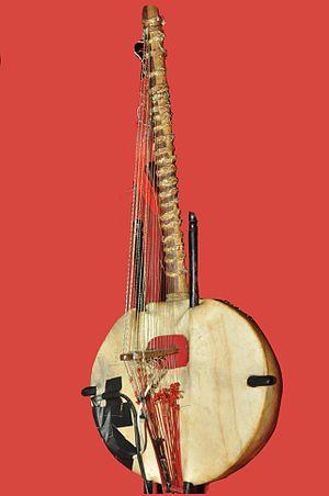 Kora (instrument) - Image: Kora DSC 0355