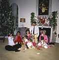 Książę Stanisław Radziwiłł w czasie Świąt Bożego Narodzenia 1962 roku, Palm Beach, Floryda, USA.jpg