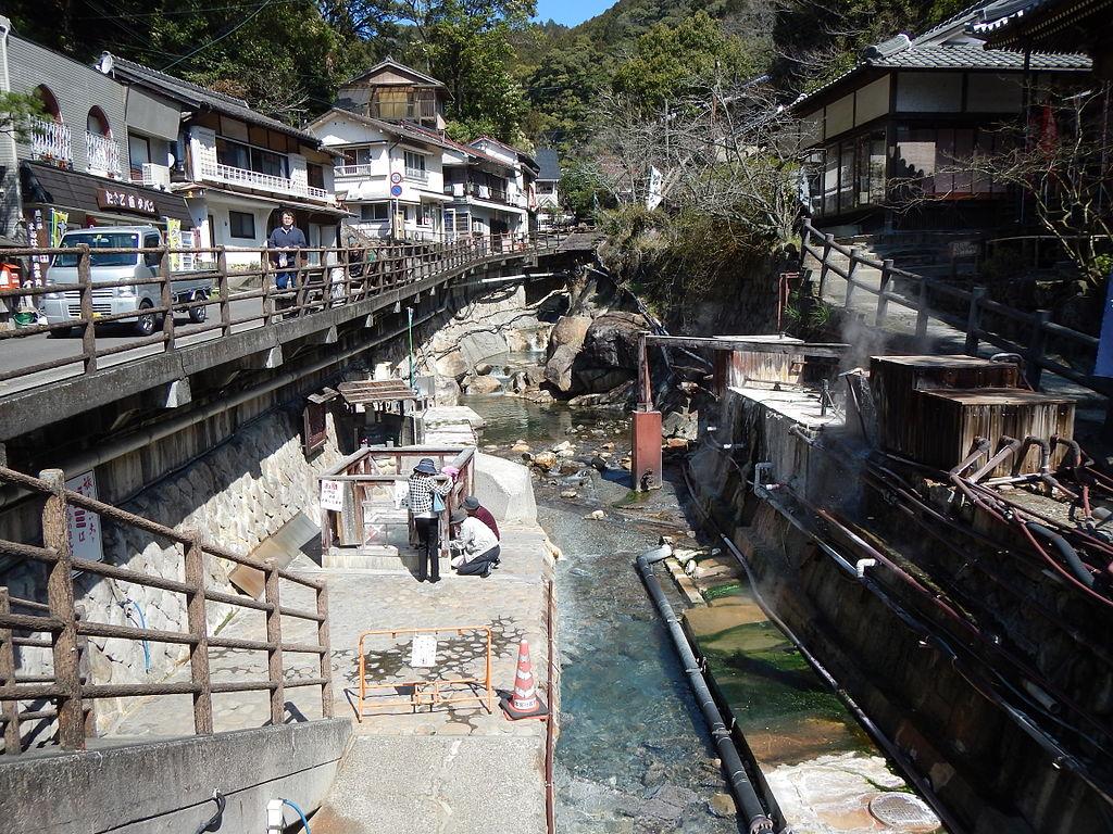 Kumano Kodo pilgrimage route Yunomine Onsen World heritage 熊野古道 湯の峰温泉104