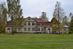 Main building of Kuusiku Manor.