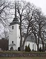 Kvillinge kyrka april 2005.jpg