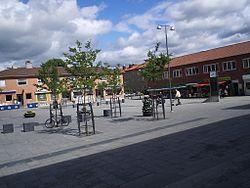 Kyrktorget i Partille, den 28 juni 2006.JPG