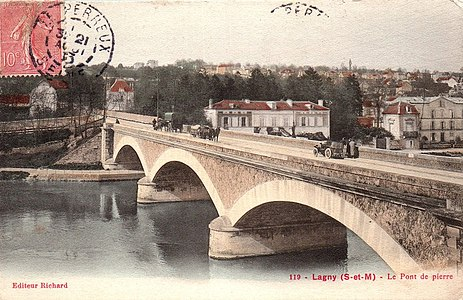 L2027 - Lagny-sur-Marne - Pont de Pierre.jpg