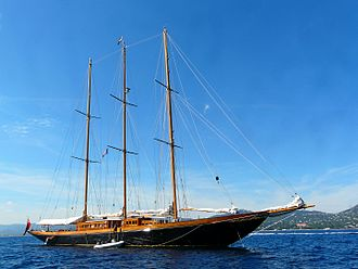 Camper and Nicholsons - Image: Le yacht Creole