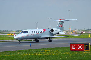 Learjet 70/75 - Image: Learjet 75 N446LJ at PRG 01