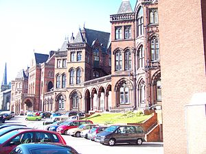 The old entrance to the Leeds Infirmary