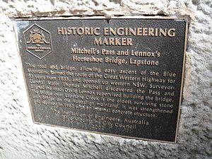 Lennox Bridge, Blaxland - Image: Lennox horseshoe 2