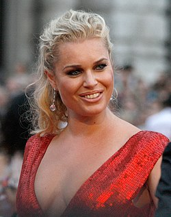Life Ball 2010, red carpet, Rebecca Romijn 2.jpg