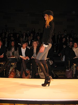 Lily Donaldson - Lily Donaldson modeling at New York Fashion Week 2007