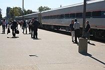 Lincoln Service train at Springfield station, September 2009.jpg
