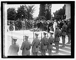 Lindbergh (Tomb of Unknown), 6-12-27 LCCN2016843121.jpg