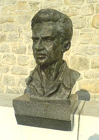 Lola Ribar spomenik.JPG