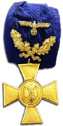 Long Service Medal with Oakleafs, 40 Years.png