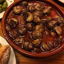 Snegler tilberedt i saus