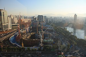 Lotte World Tower - Image: Lotte World Prem Twr construction