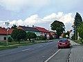 Loukov (KM), hlavní ulice.JPG