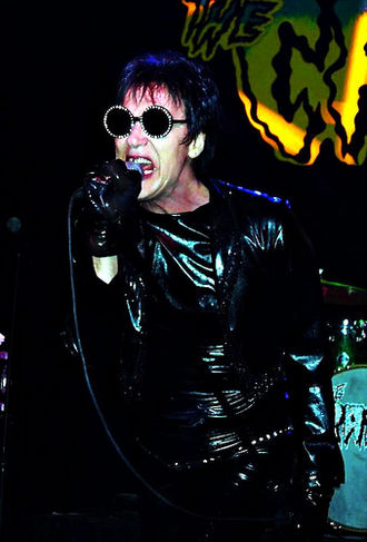 """SpongeBob SquarePants (season 3) - Lux Interior, the lead vocalist of the Cramps, voiced the lead singer of the Bird Brains in """"Party Pooper Pants""""."""