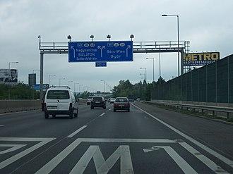 M1 motorway (Hungary) - Image: M1 M7 Budapest