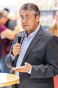 people_wikipedia_image_from Sigmar Gabriel
