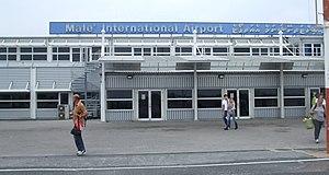 Male Airport 2010.jpg