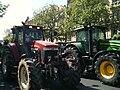 Manifestation des agriculteurs en tracteur dans Paris 5.jpg