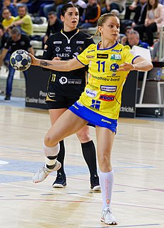 Manon Houette French handball player
