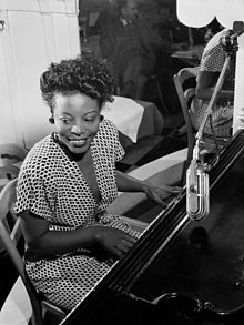 Mary Lou Williams, proks. 1946. Foto de William P. Gottlieb