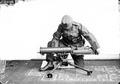 Maschinengewehr auf der Dreibeinstütze - CH-BAR - 3241582.tif