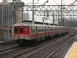 Metro-North train 1567 enters Stamford