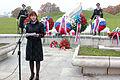 Ministrica Andreja Katič se je z delegacijo poklonila padlim v vojni za Slovenijo 1991 07.jpg