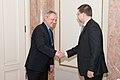 Ministru prezidents Valdis Dombrovskis tiekas ar Beļģijas Karalistes vēstnieku Latvijā Franku Arnautsu (6689141817).jpg
